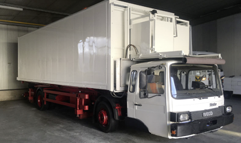 catering_highlift_truck_schroeder_iveco[1]