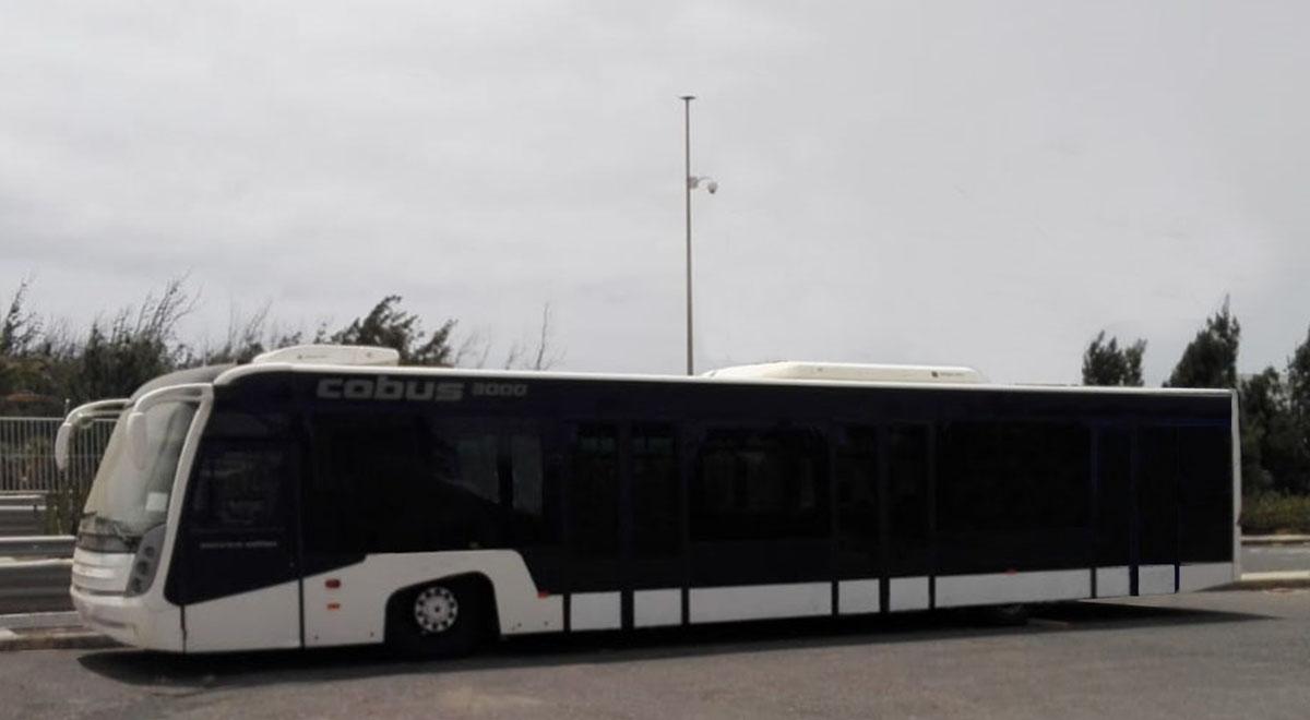 cobus-3000-2007-front-right[1]