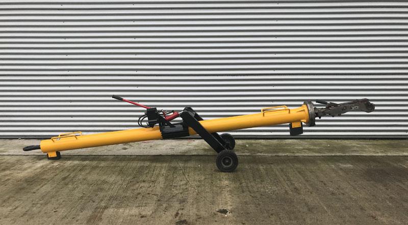 towbar-a340-600-fladung[1]